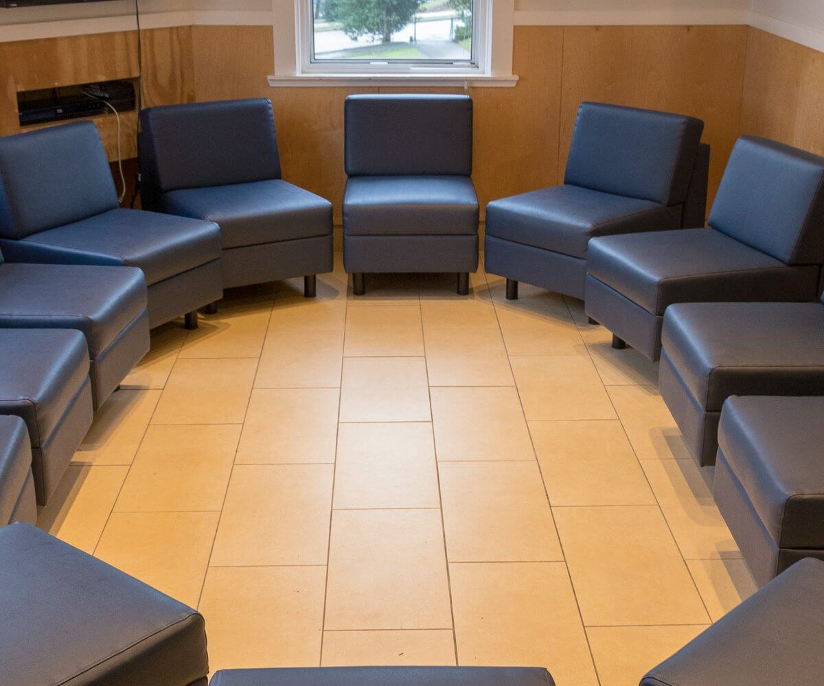 addiction treatment group room